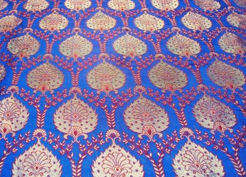 Silk-brocade-fabrics